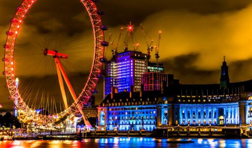 south-bank-london-eye-night-scene-construction-cranes-canary-wharf-contractors