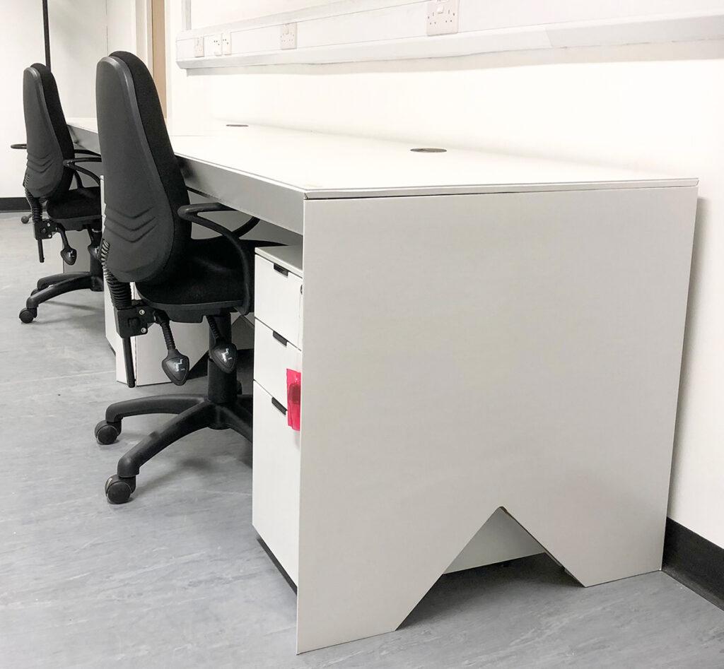 skanska-51-moorgate-project-office-sustainability-recyclable-desk-cardboard-construction-green-1200