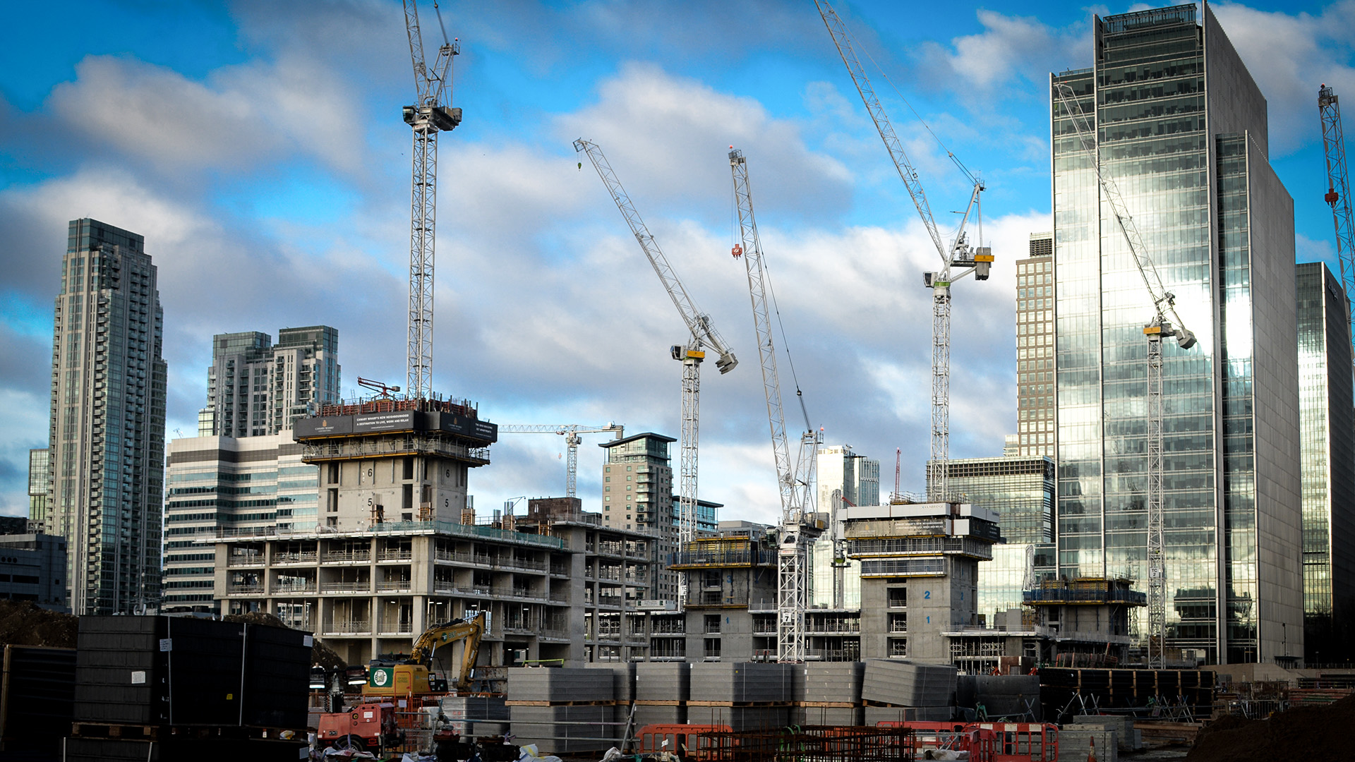 Mesh basket system provides space solution on Canary Wharf site