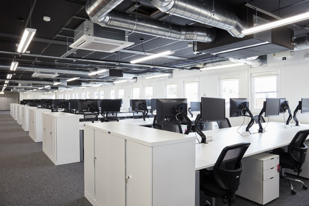 commonwealth-games-construction-site-office-furniture-supplier-desk