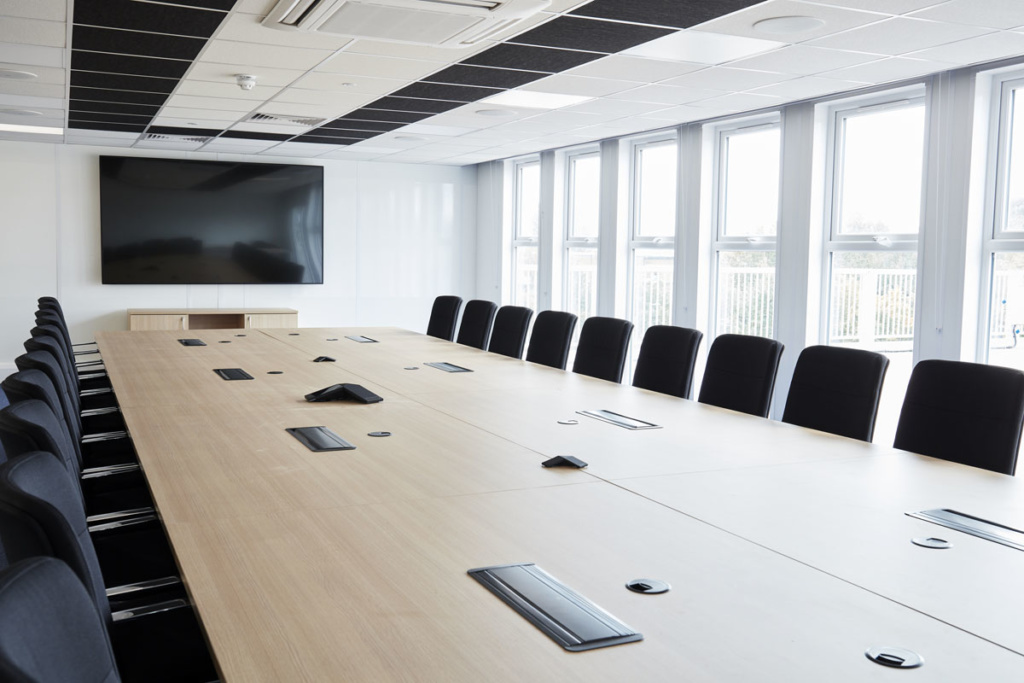 commonwealth-games-construction-site-office-furniture-supplier-large-meeting