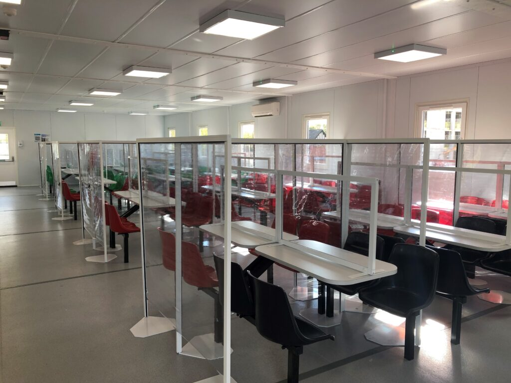 canteen-table-screens-10