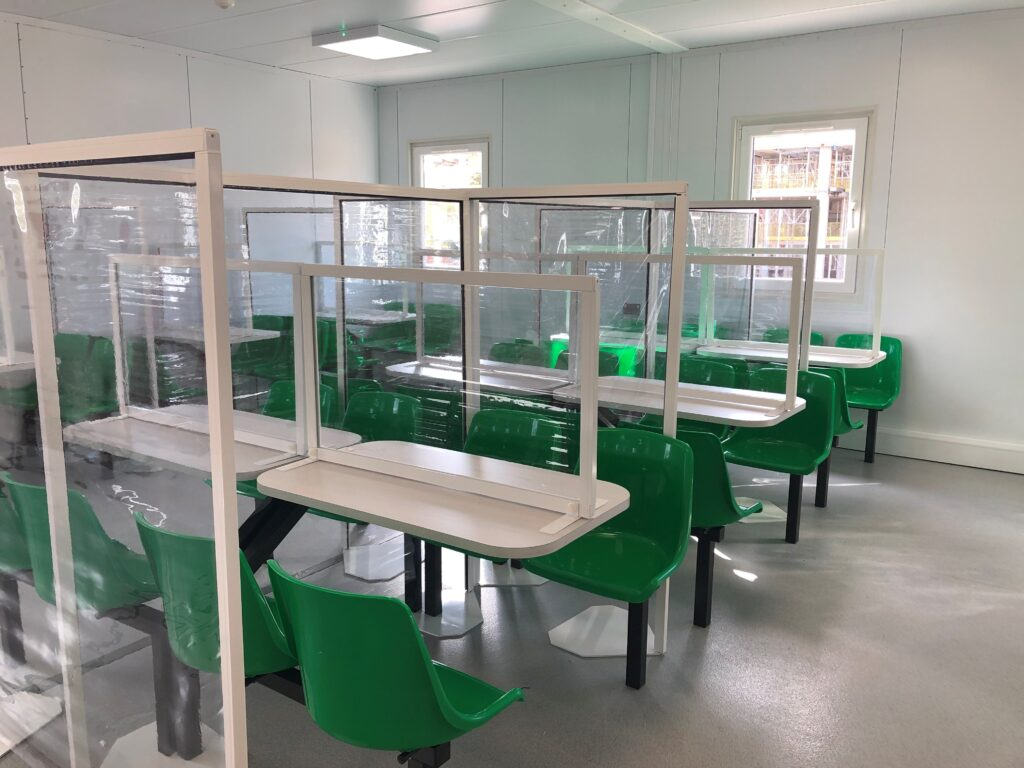 canteen-table-screens-3