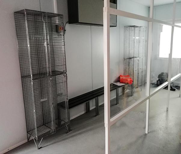 lockers with screens web
